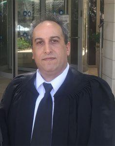 עורך דין לעסקים - אלון לב