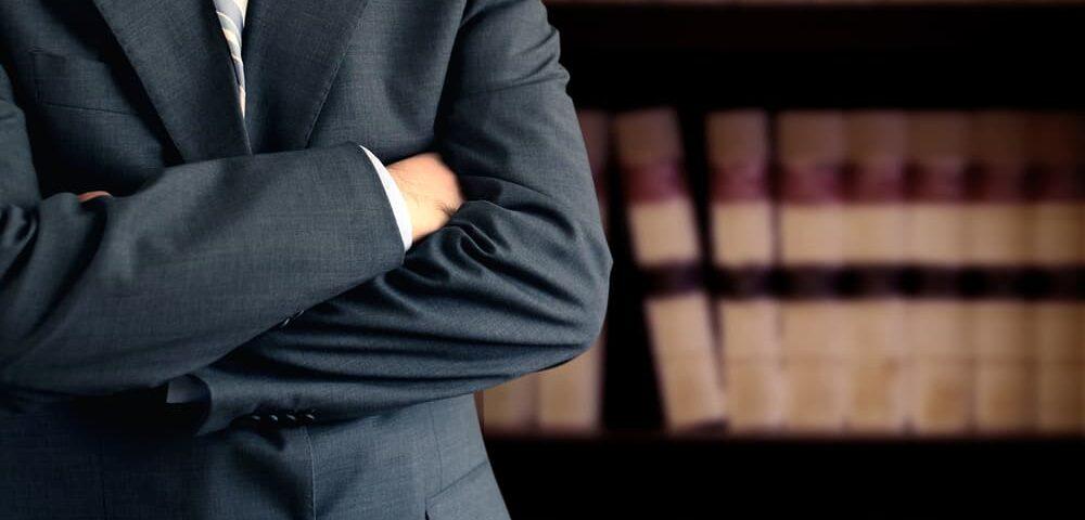 למה מסמכים זה הדבר הכי חשוב להגנה שלך ואיך מוציאים אותם בכוח מהתובע?
